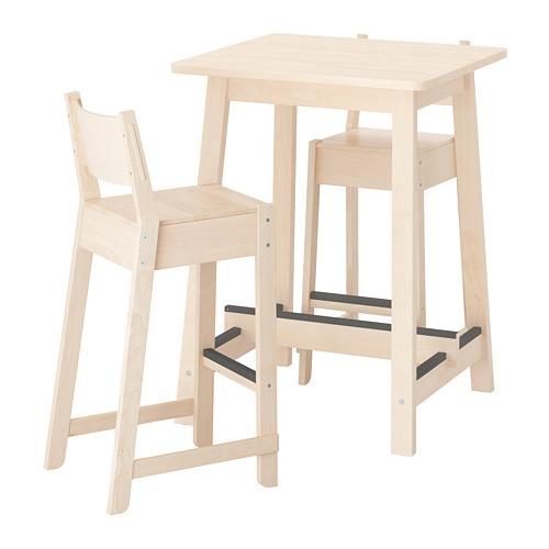 mesas altas, taburetes de bar y tronas