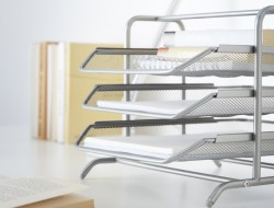organización de escritorios y accesorios