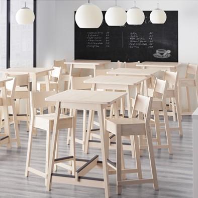 mesas altas, taburetes altos y tronas