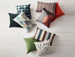 cushions, blankets & chair pads