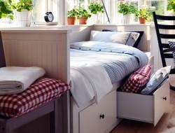 camas altas y divanes