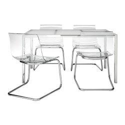 TORSBY Mesa tablero de 135 con 4 sillas transparentes